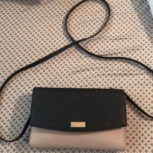 Kate Spade cross body bag. Only used twice.
